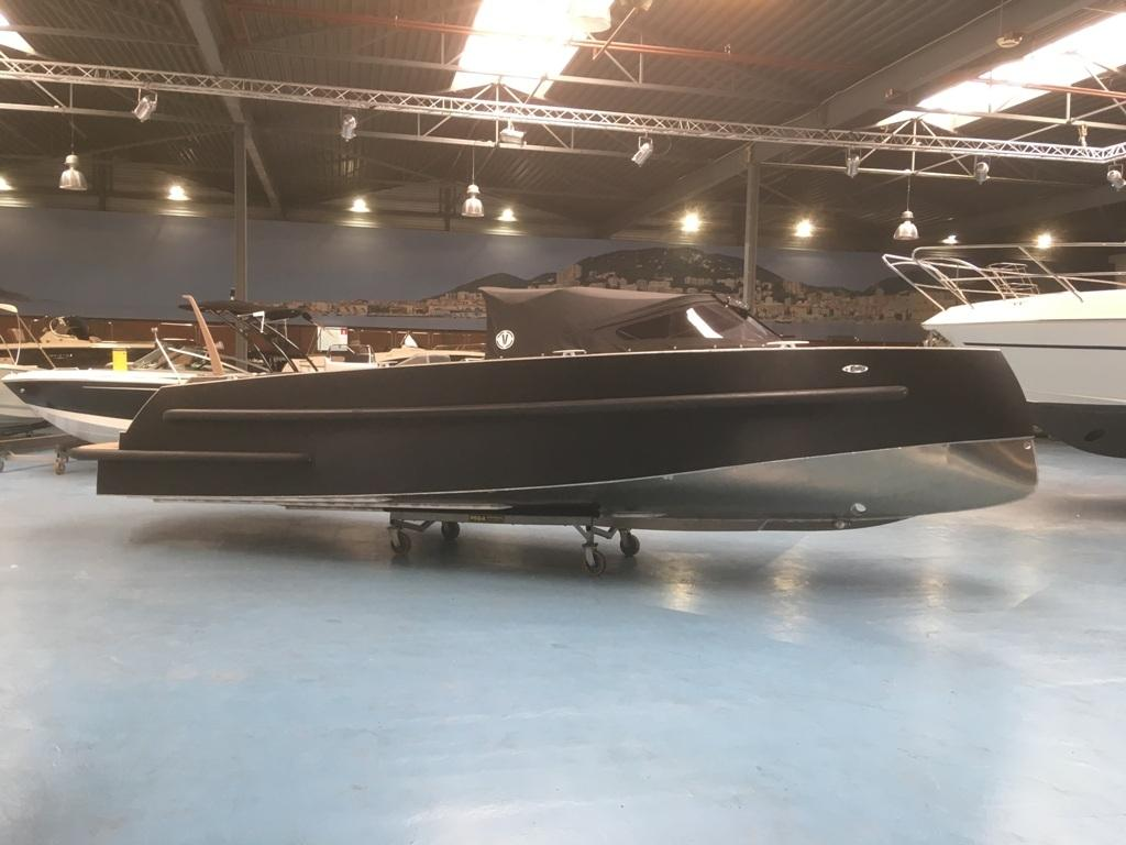 VanVossen Tender 888 sport met Honda 150 pk motor full options! 5