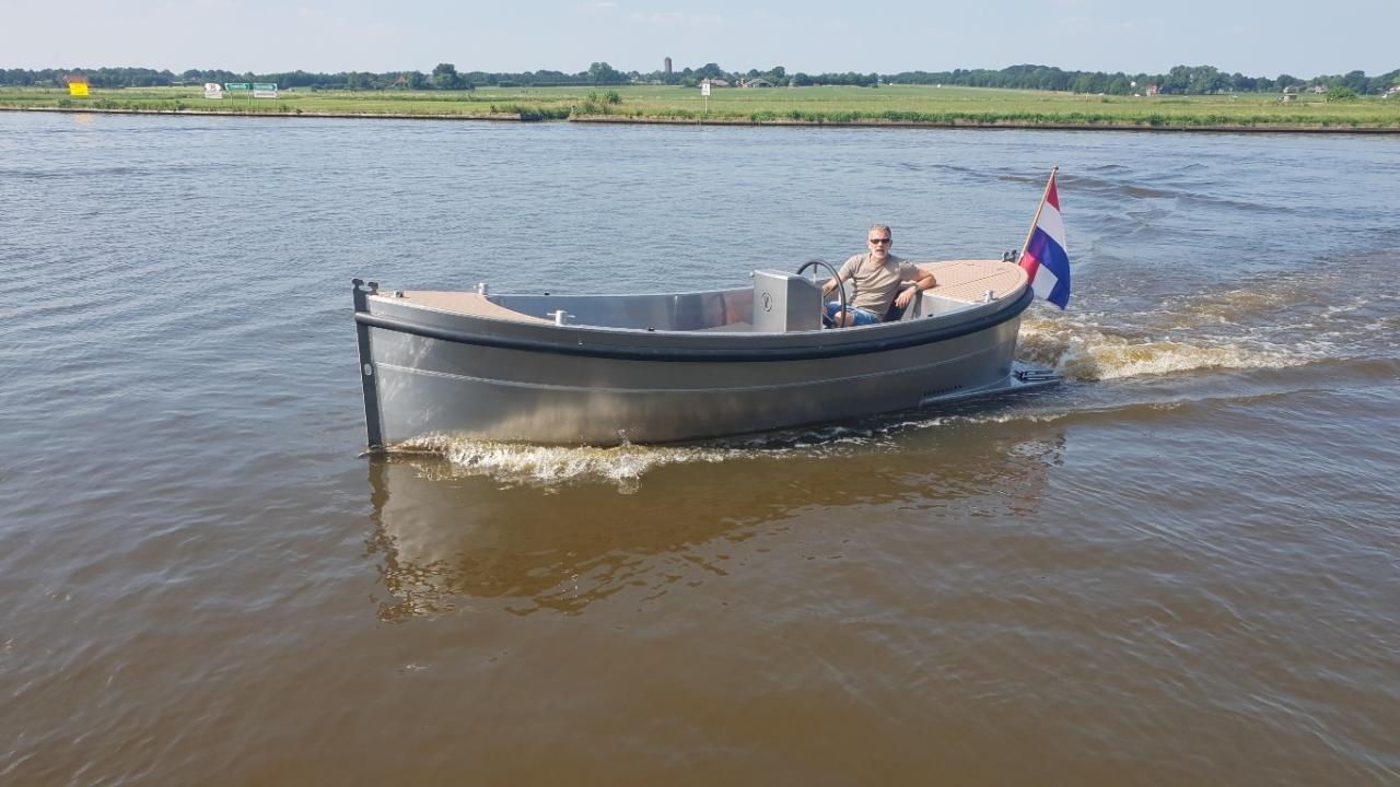 VanVossen Sloep 550 aluminium 3