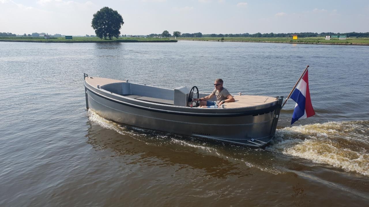 VanVossen Sloep 550 aluminium 4
