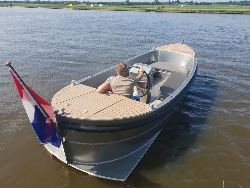 VanVossen Sloep 550 aluminium 5