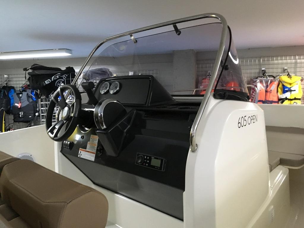 Quicksilver 605 activ open met 115 pk Mercury! 13