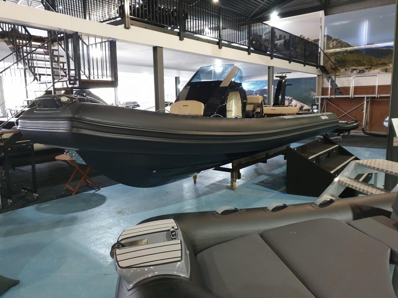 Brig Eagle 8 NIEUW met Mercury Verado 350 pk DIRECT VAREN! 1