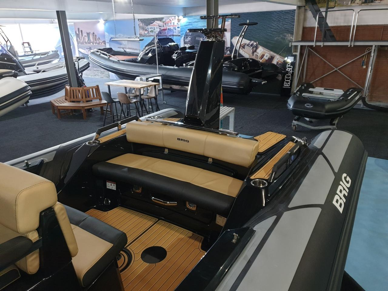 Brig Eagle 8 NIEUW met Mercury Verado 350 pk DIRECT VAREN! 5