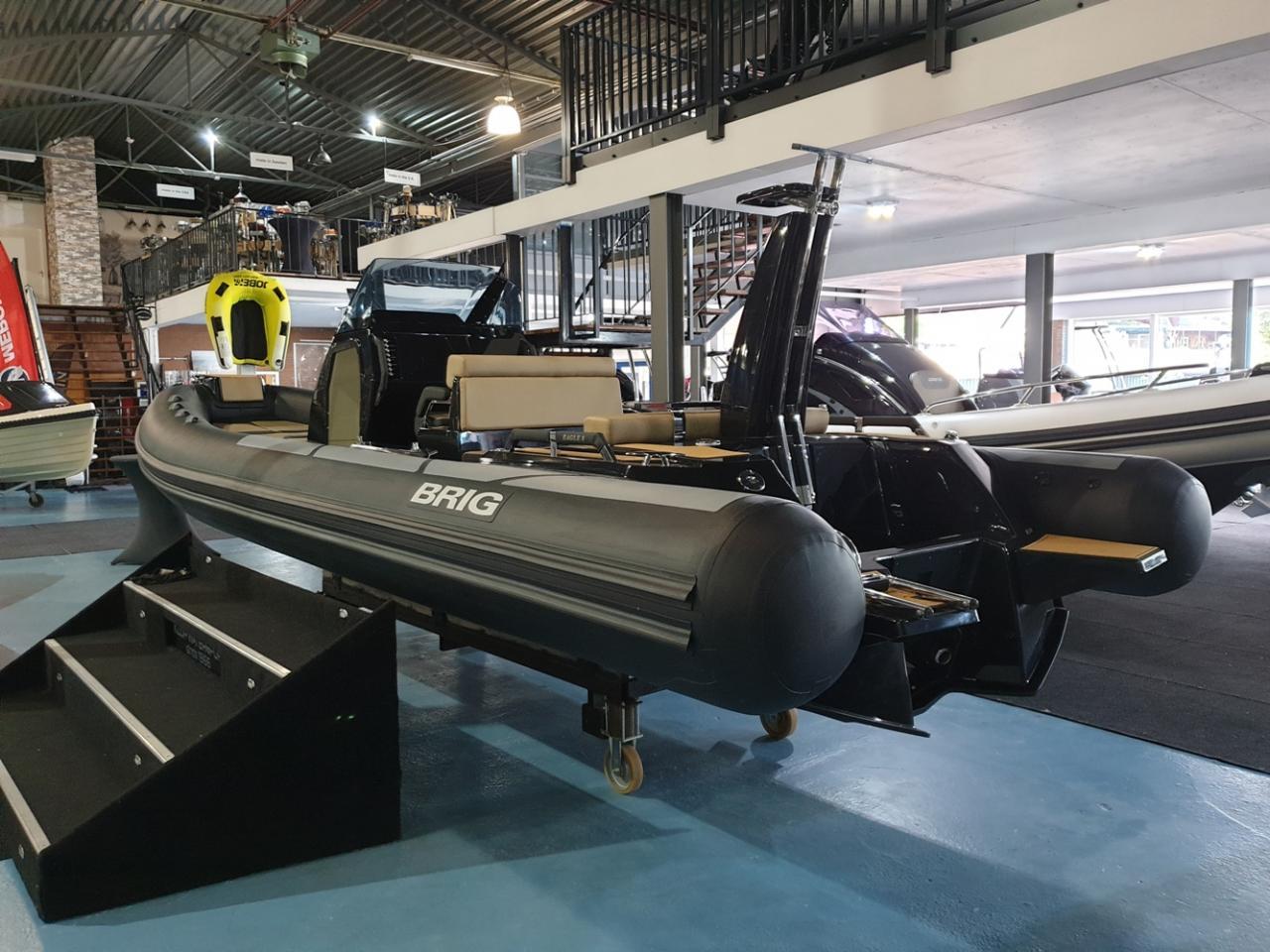 Brig Eagle 8 NIEUW met Mercury Verado 350 pk DIRECT VAREN! 2