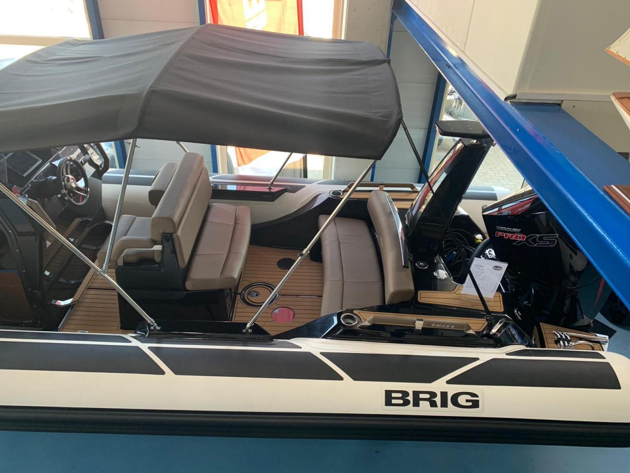 Brig Eagle 8 NIEUW met Mercury Verado 300 pro xs 4