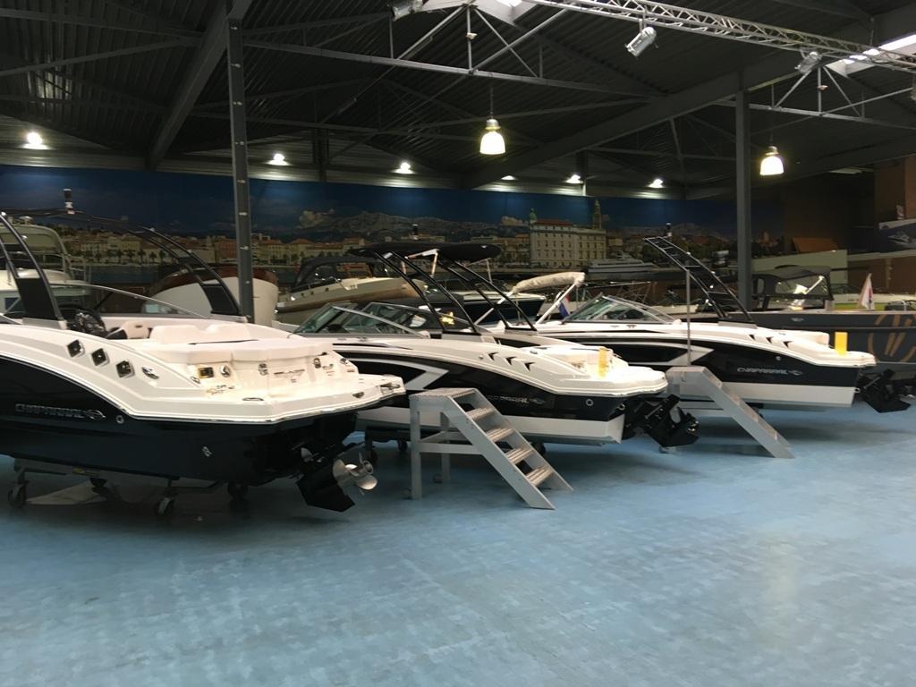 Chaparral sportboten bij Klop Watersport op voorraad! 1