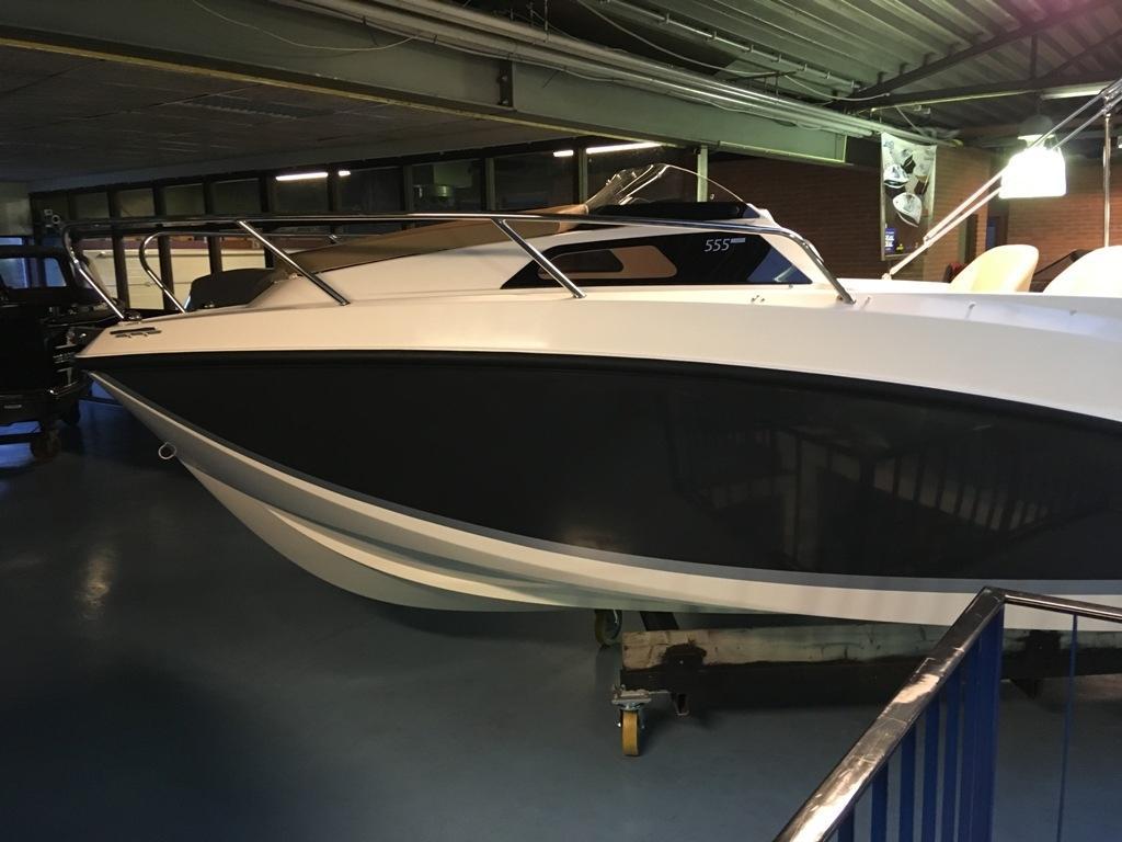Quicksilver 555 activ cabin met Mercury 100 pk 3