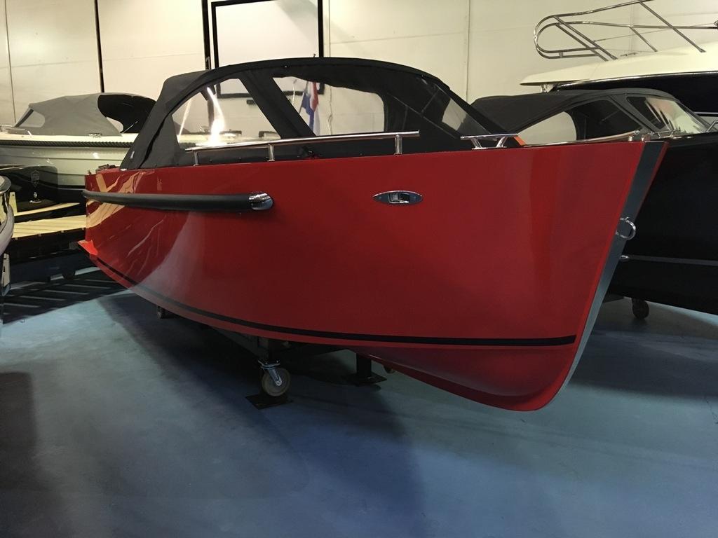 Maxima 730 tendersloep met Honda 80 PK en Garmin GPS 2