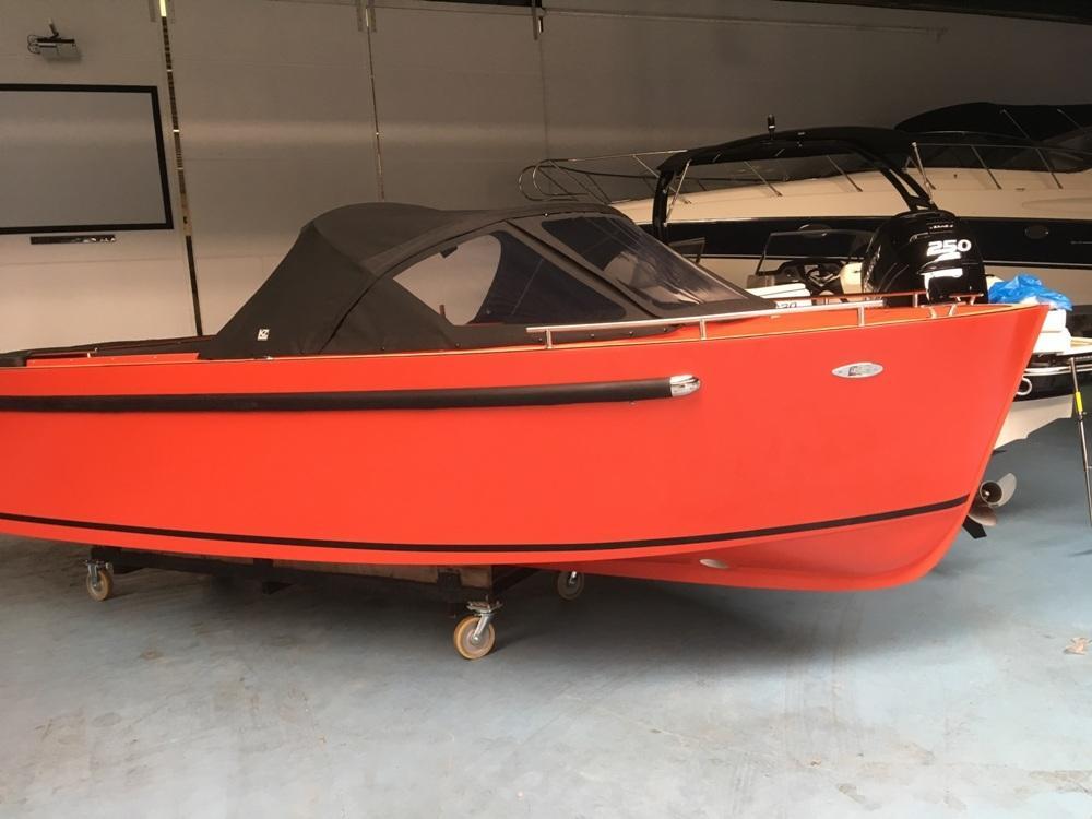Maxima 730 tendersloep met Honda 80 PK en Garmin GPS 4