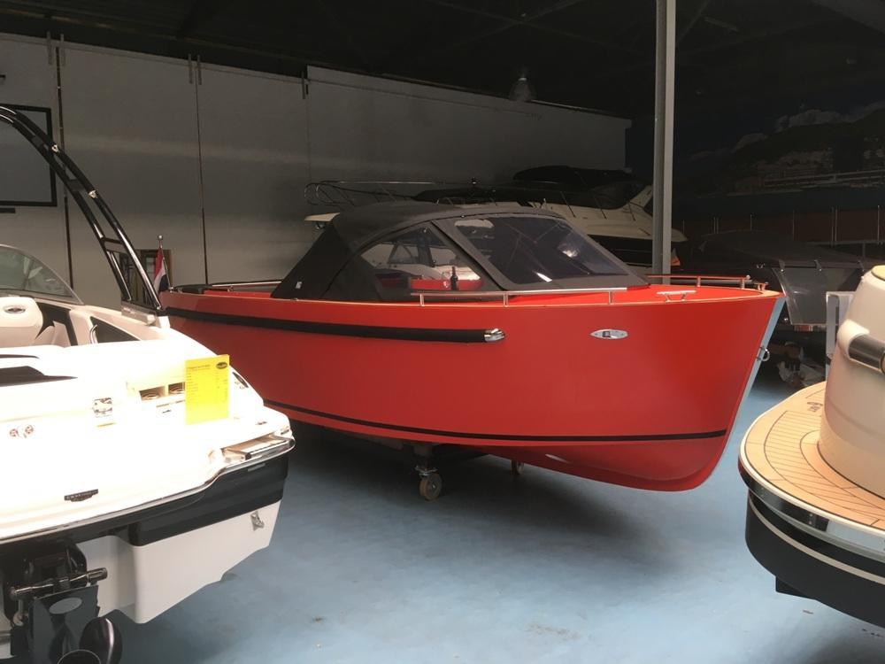 Maxima 730 tendersloep met Honda 80 PK en Garmin GPS 9