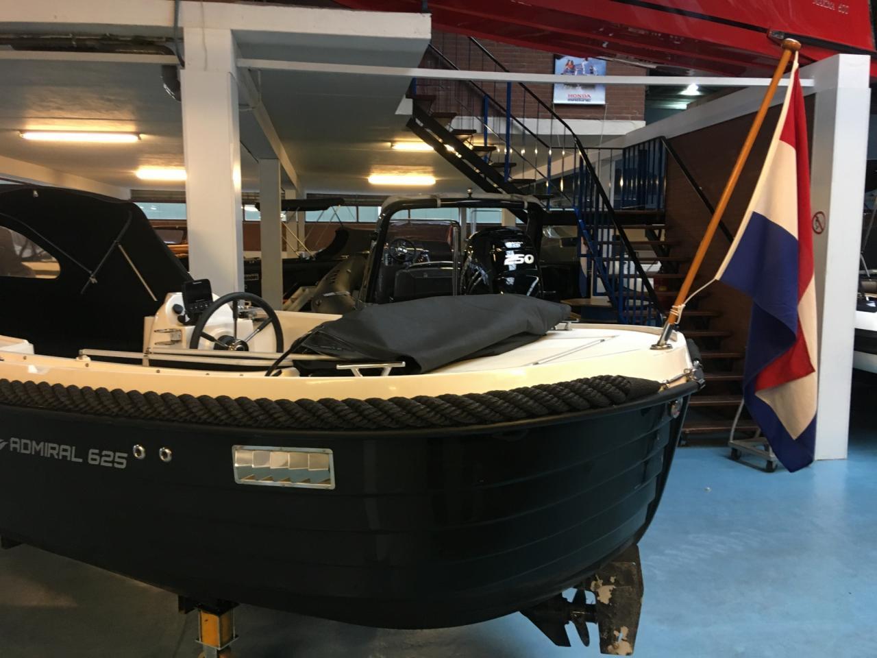 Admiral 625 met Mercury 20 pk en vele opties! 14