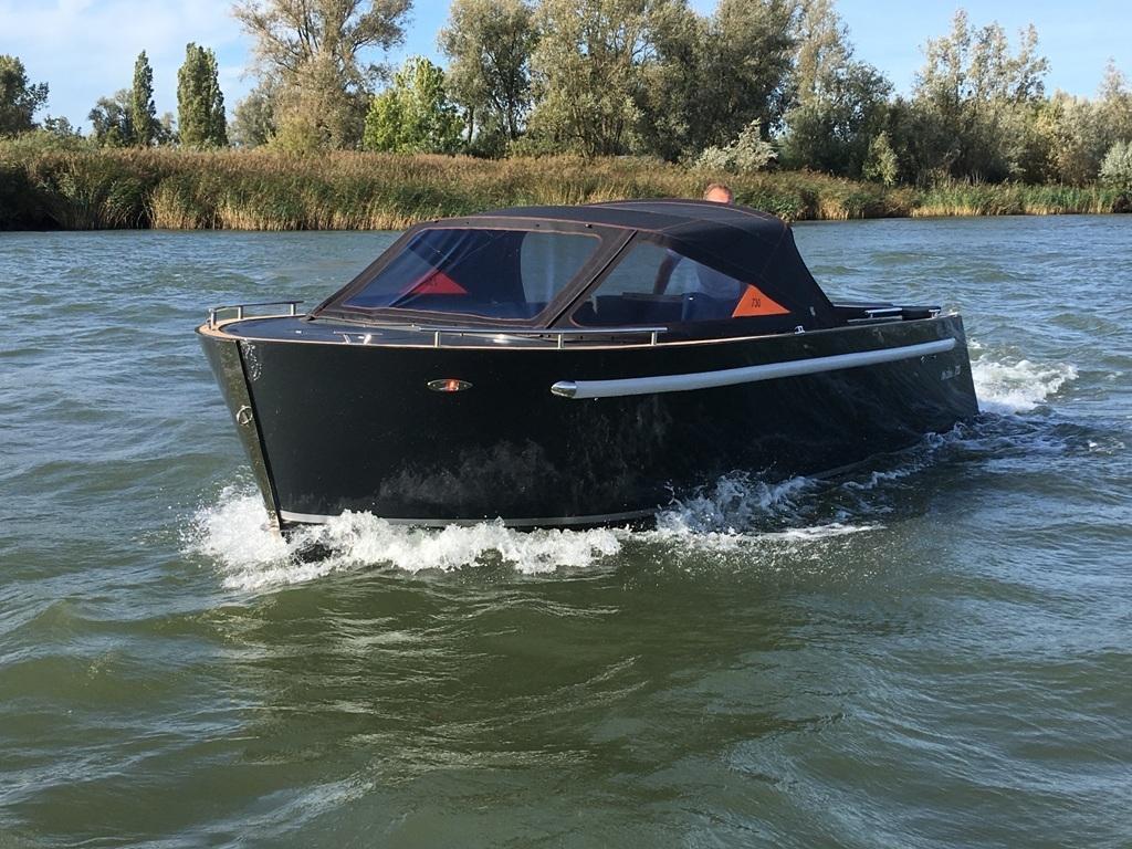 Maxima 730 tendersloep met Honda 150 pk 6