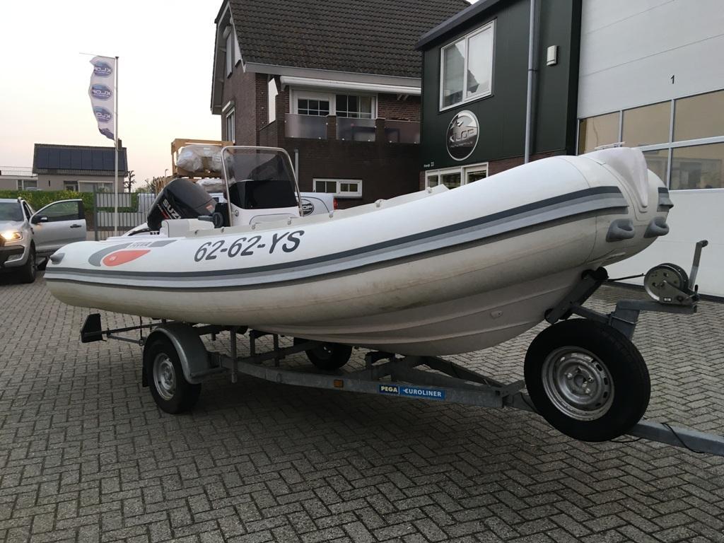 Selva 490 wit met Suzuki 90 pk 5