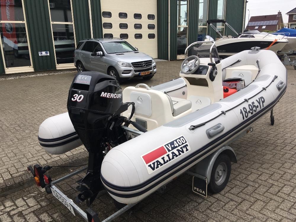 Valiant V-400 rib met Mercury 30 pk en Pega trailer 4