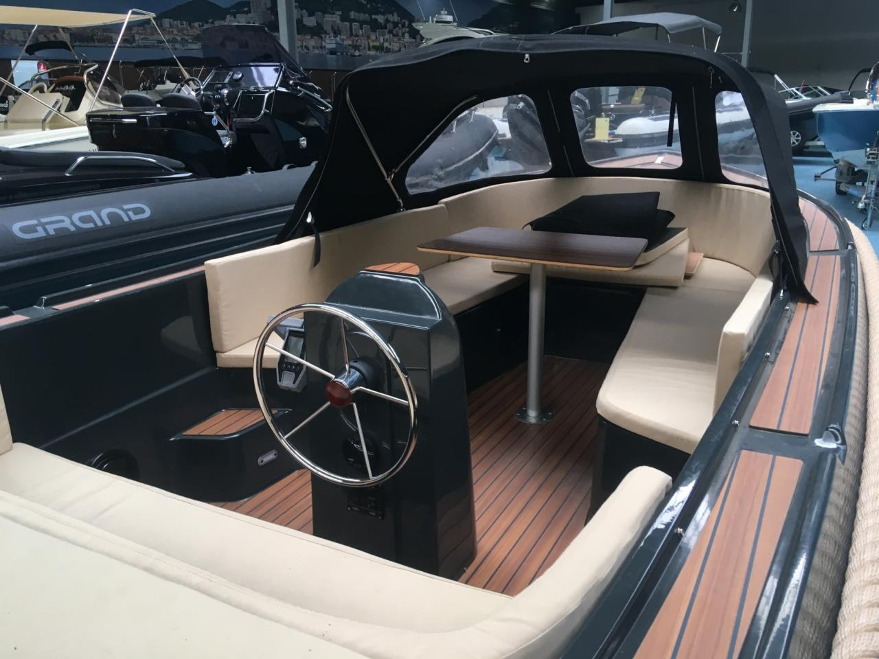 Anker 575 deluxe met Craftsman Navy 6.0 elektromotor 7