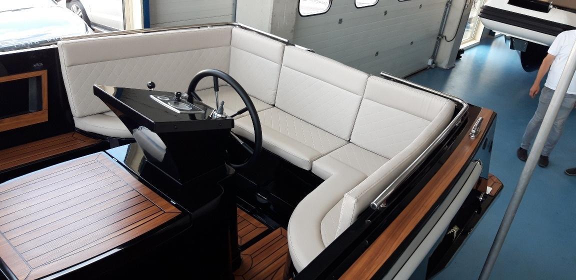 Maxima 730i met Vetus 33 pk diesel op voorraad! 14