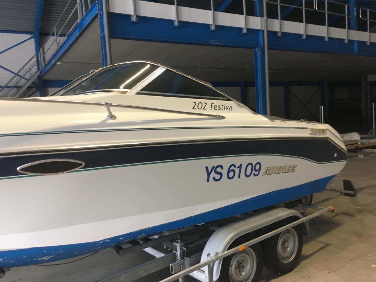 Rinker 202 Festiva met Mercruiser 4.3 liter LX 7