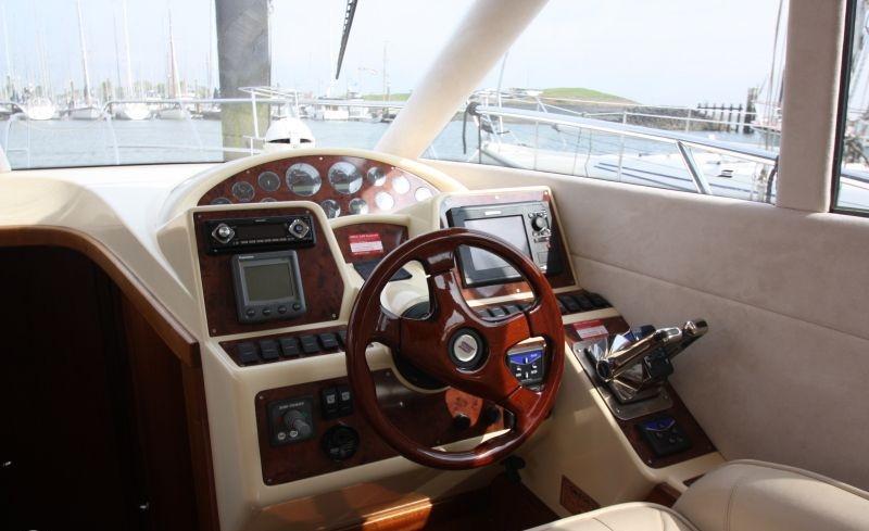 Galeon 330 flybridge met 2 x Volvo Penta D3 190 pk 19