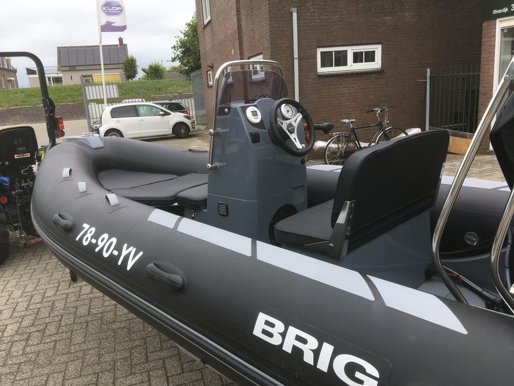 Brig Falcon 450 deluxe met Mercury 50 pk motor 4