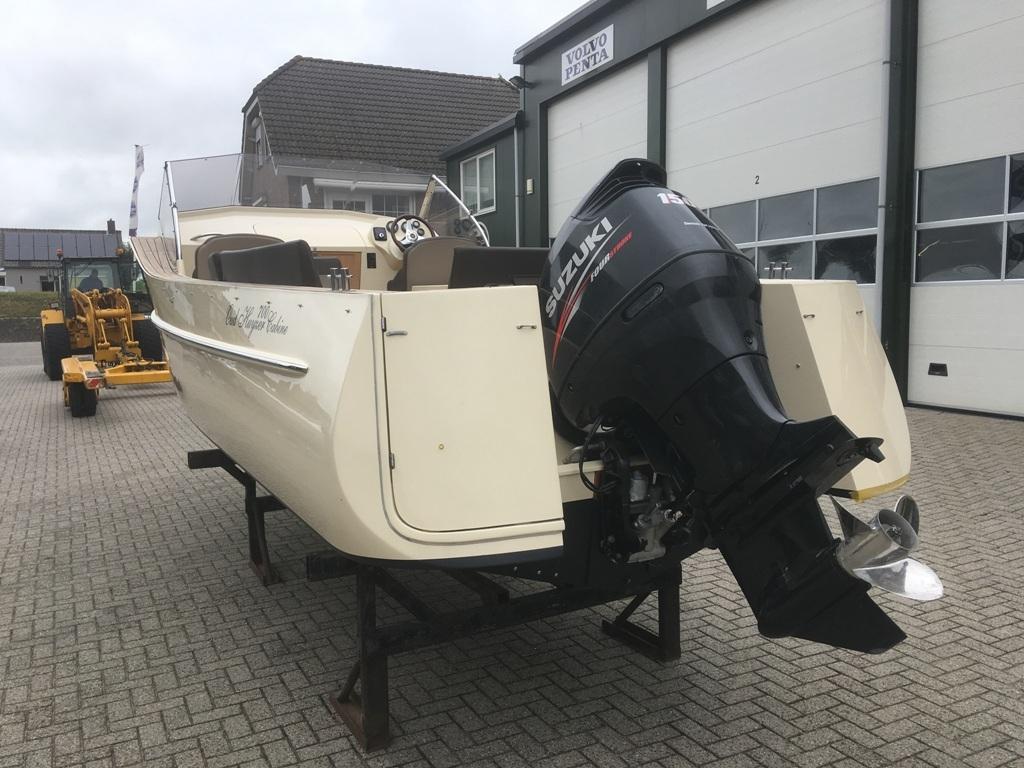 Oudhuijzer 700 cabin met Suzuki 150 pk motor 4