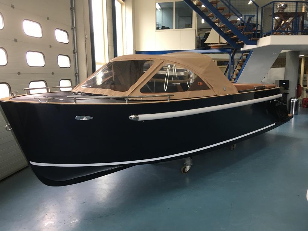 Maxima 730 tender 49