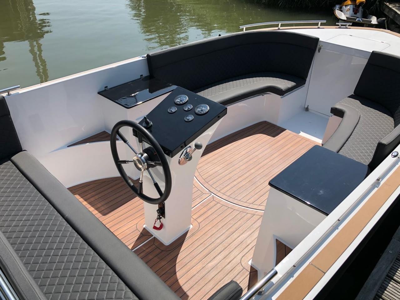 Maxima 730 tender 16