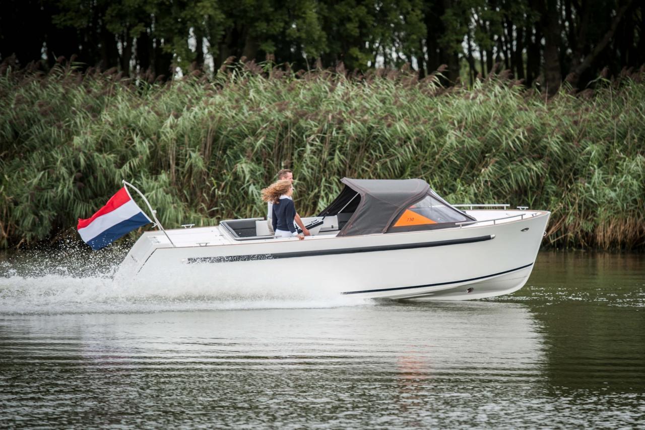 Maxima 730 tender 7