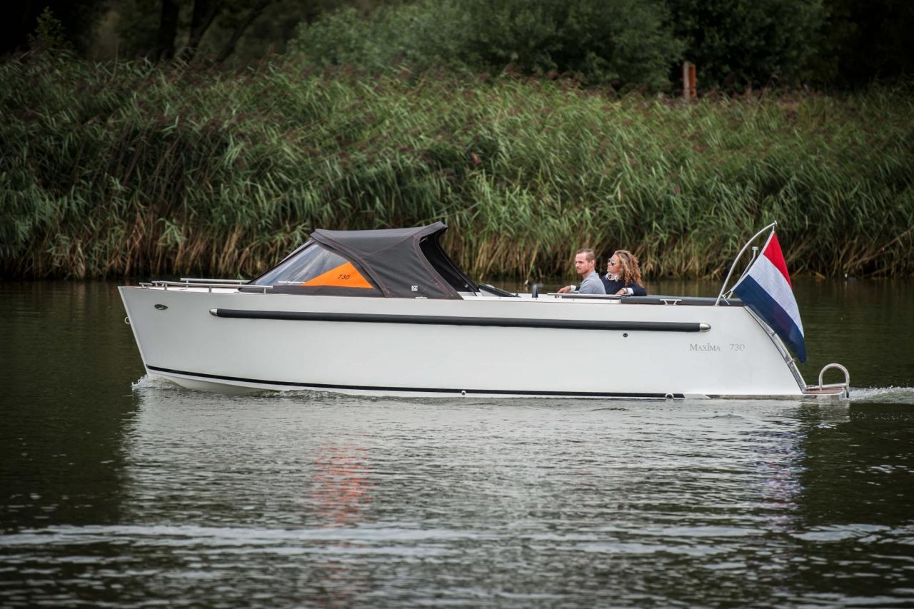 Maxima 730 tender 23