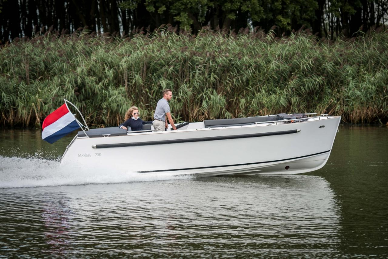 Maxima 730 tender 25