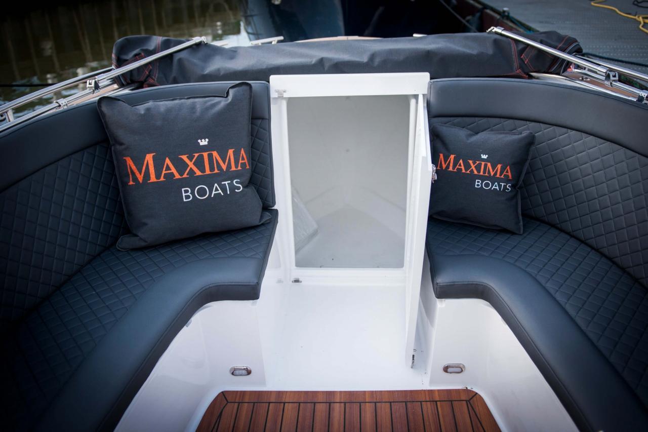 Maxima 730 tender 54