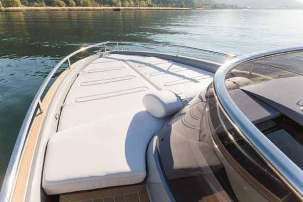 Invictus 280 gt sportboot 8