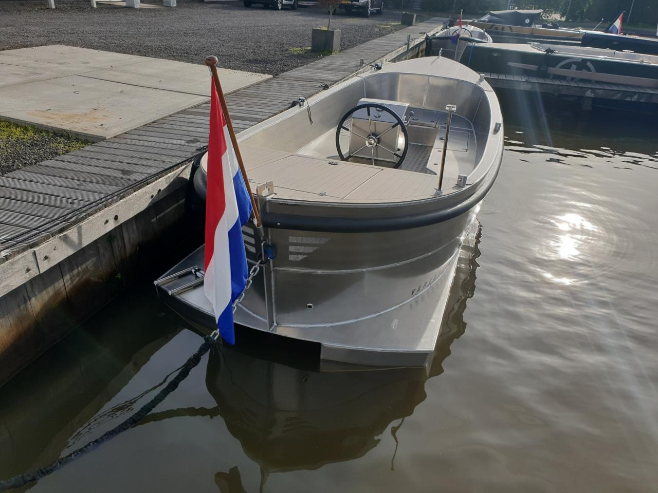 VanVossen Sloep 600 2