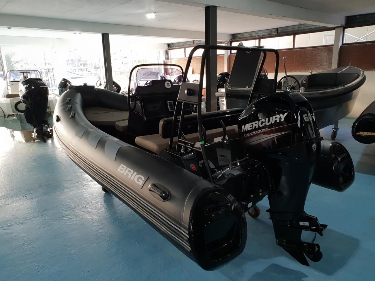 Brig 485 navigator met Mercury 60 pk 5