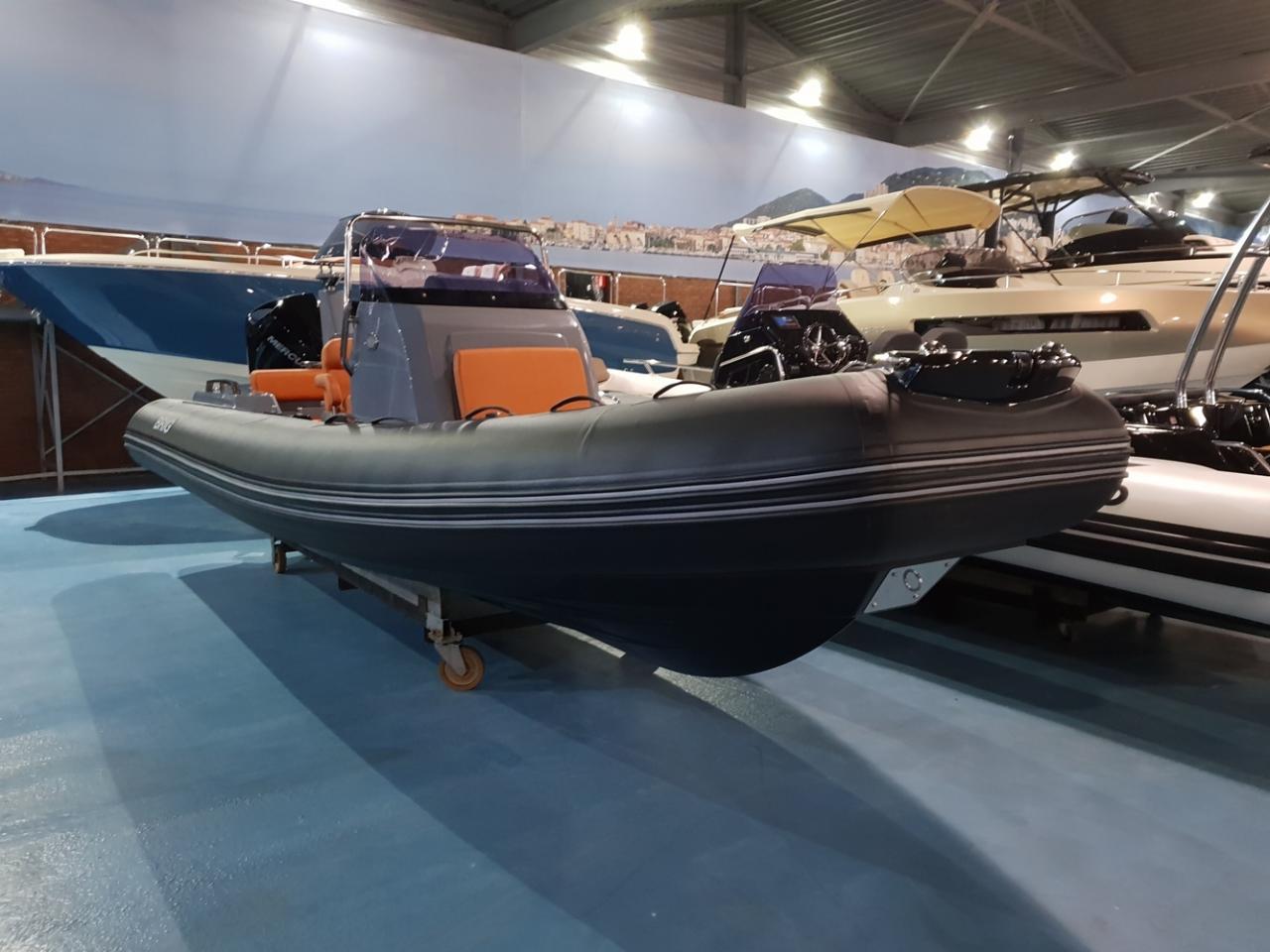 Brig Eagle 6.7 rib met Mercury 225 pk VAARKLAAR! 7