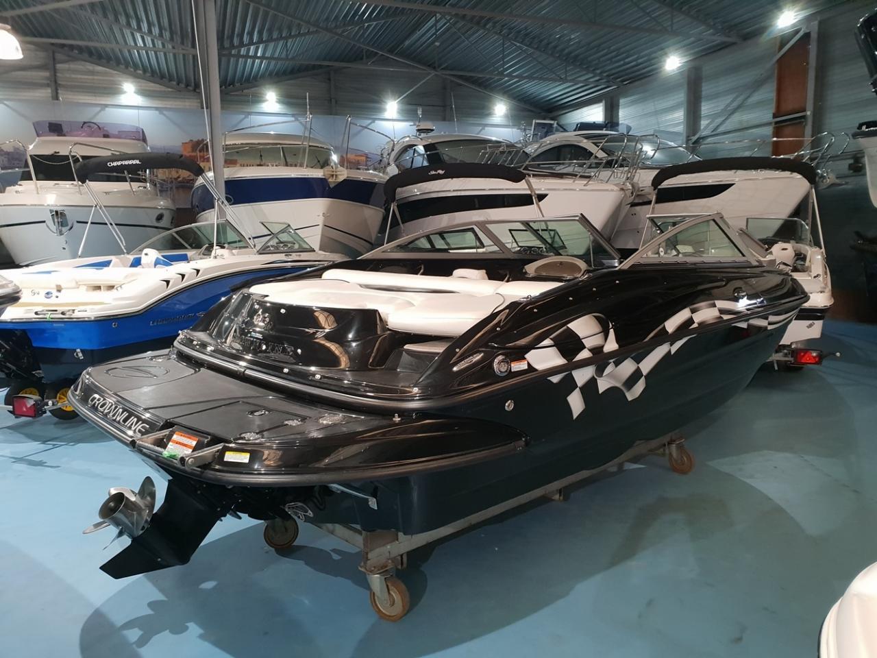 Crownline speedboot met Mercruiser 5 liter V8 motor 5