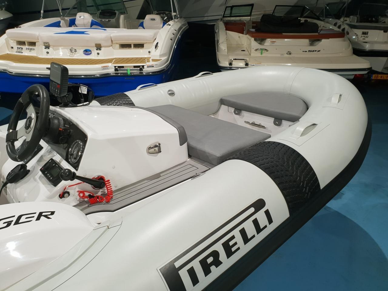 Pirelli J33 Jet Tender met Textron 80 pk NIEUWSTAAT! 2