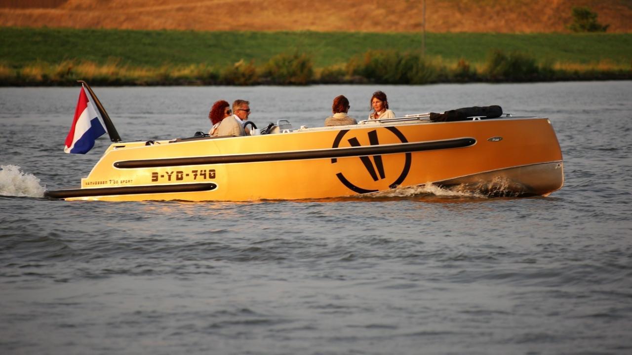 VanVossen Tender 700 met Honda 60 pk 21