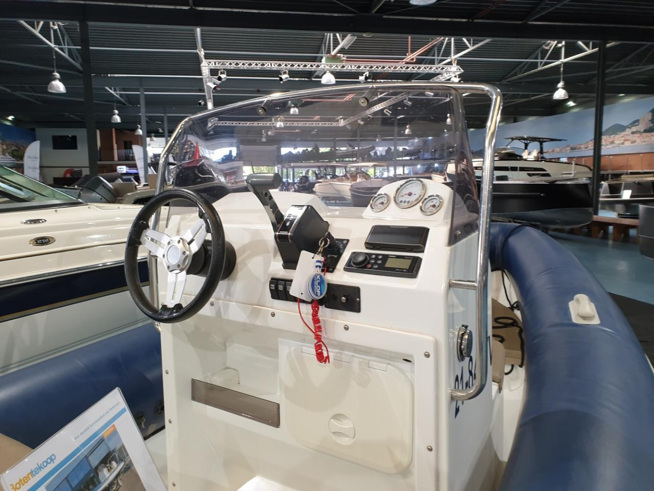 Roughneck 550 rib met Suzuki 90 pk en trailer 8