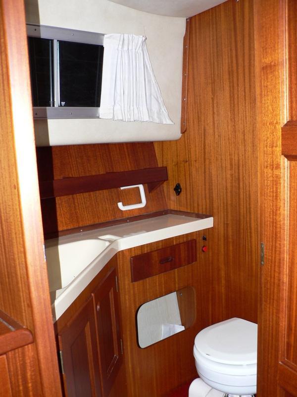 Storebro Royal Cruiser 31 Adriatic met 2 x Volvo Penta TAMD 40 5