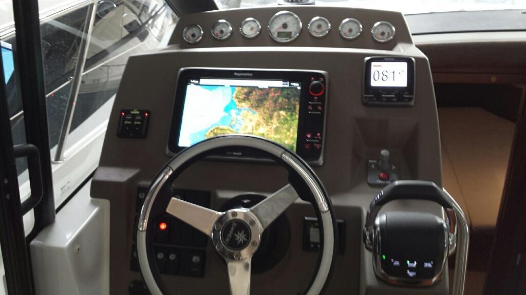 Jeanneau NC11 met Volvo Penta D6 330 pk 39