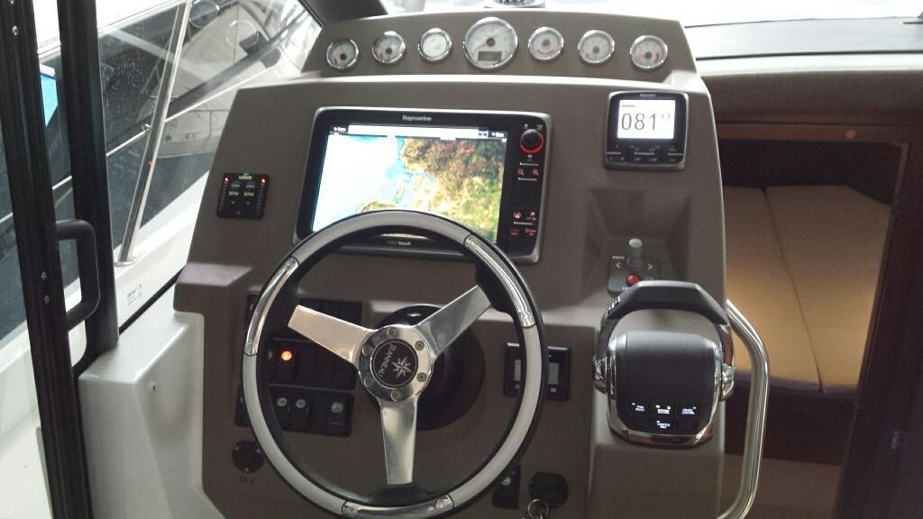 Jeanneau NC11 met Volvo Penta D6 330 pk 40