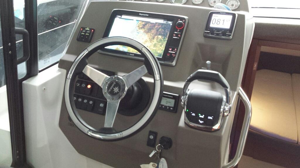 Jeanneau NC11 met Volvo Penta D6 330 pk 48