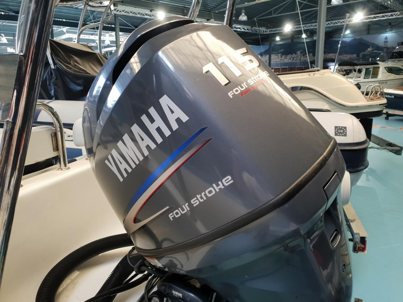 Rib Eye 650 boot met Yamaha 115 pk! 3