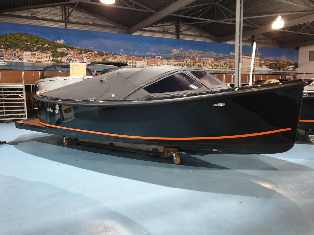 Maxima 750 Flying Lounge met Honda 60 pk - levering 2022! 4