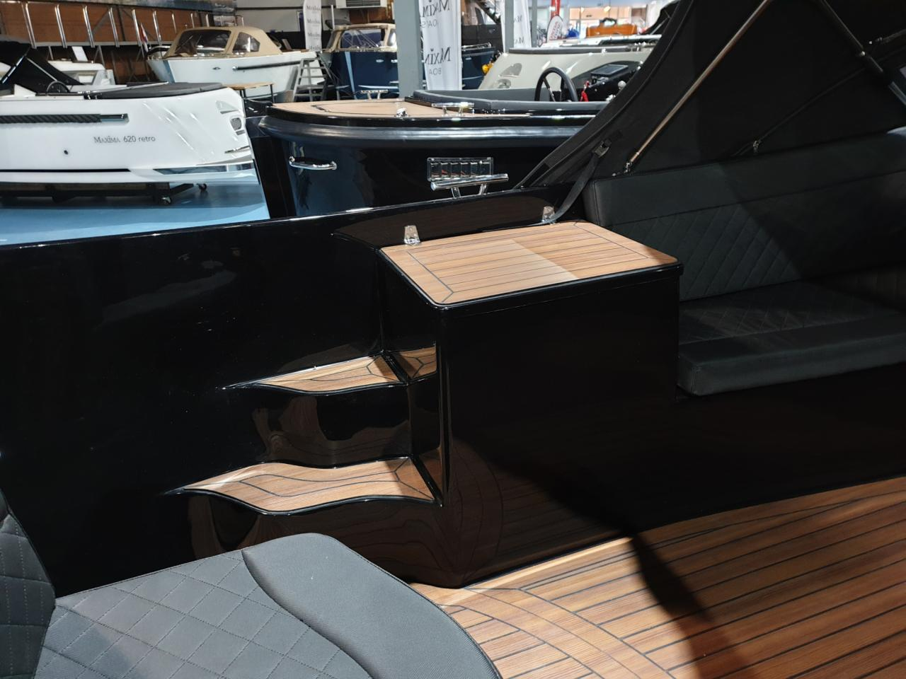 Maxima 750 Flying Lounge met Honda 60 pk - levering 2022! 2