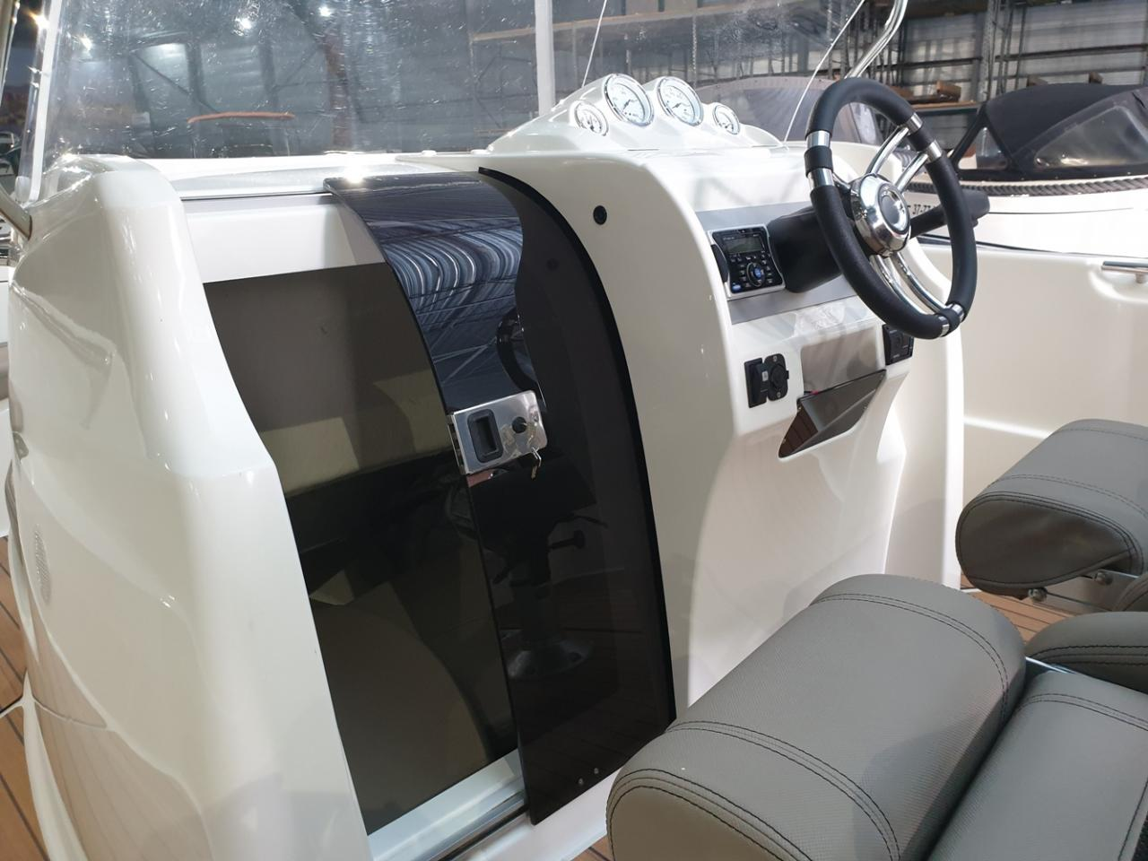 Prins 616 Navigator met Mercury 80 pk 5
