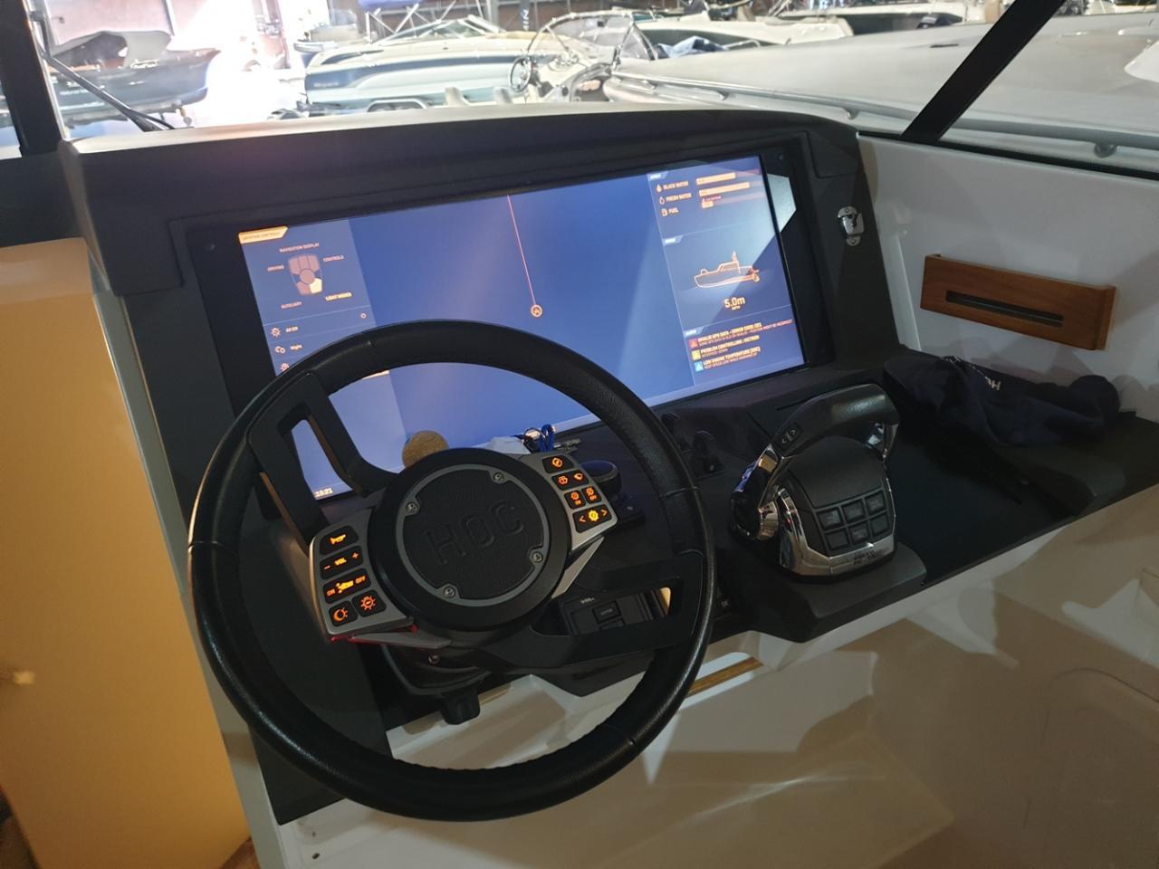 HOC 33 Sportcruiser met Volvo Penta D6 400 pk  6