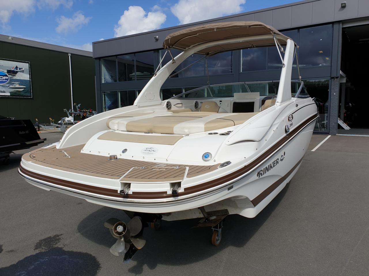 Rinker 246 speedboot met Mercruiser 5.7 MPI V8 300 pk! 5