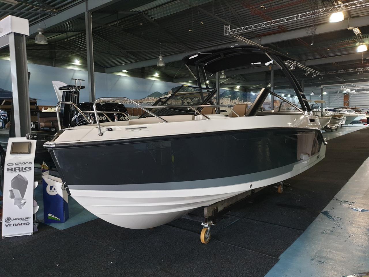 Quicksilver 675 Bowrider met Mercury Verado 225 pk 5