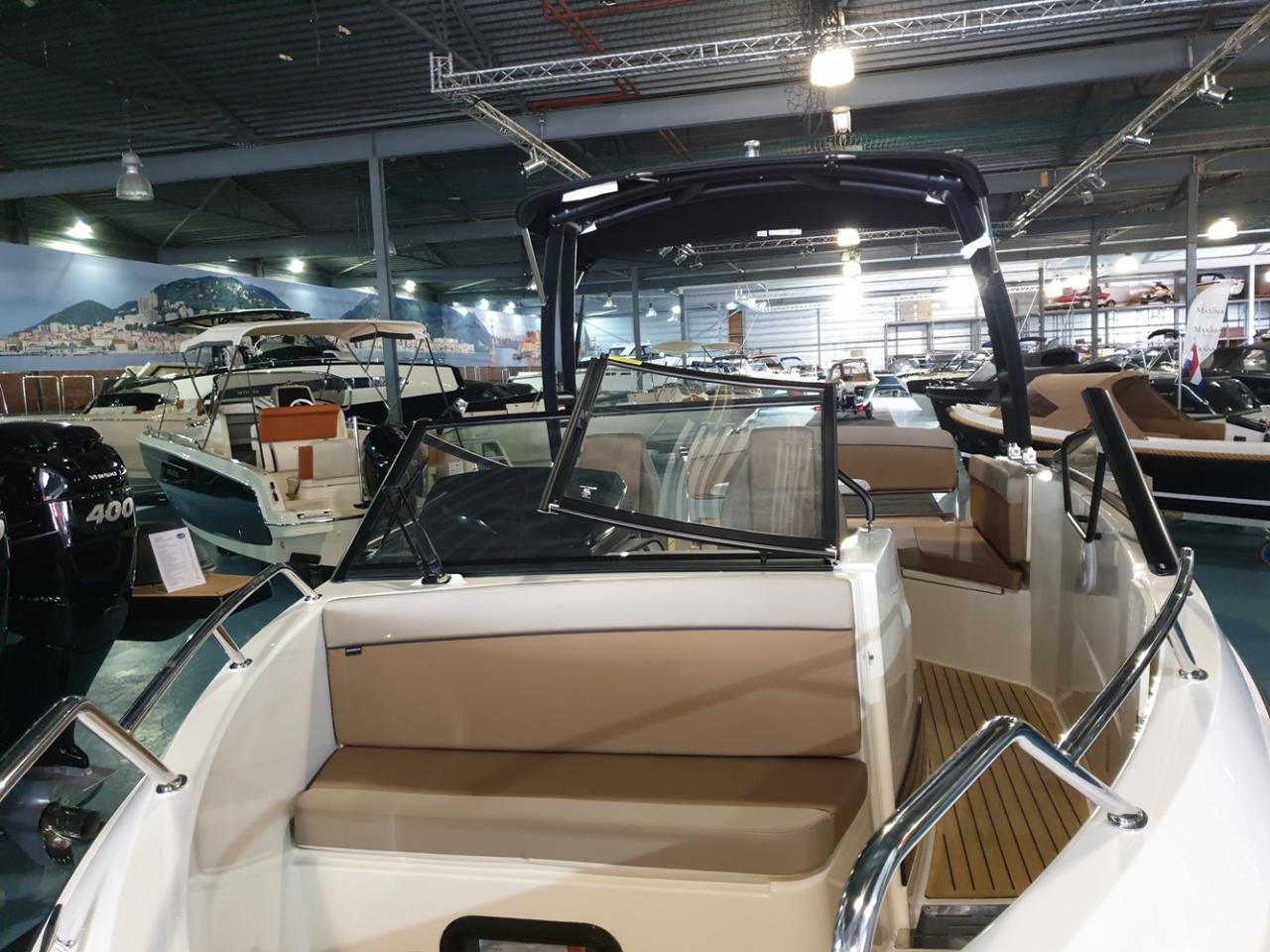Quicksilver 675 Bowrider met Mercury Verado 225 pk 6